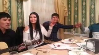 Казахская песня на гитаре (Осер Азат-Нагыз махаббат)