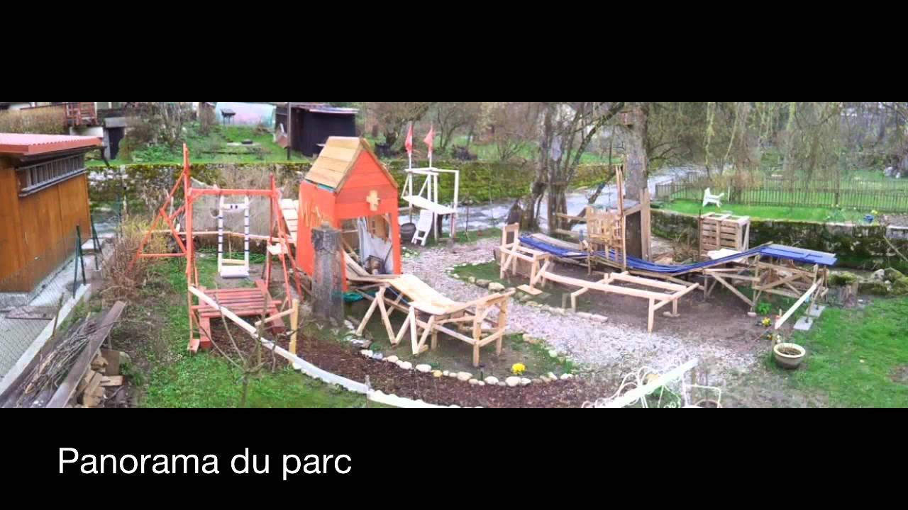 Merveilleux Homemade Amusement Park (3)