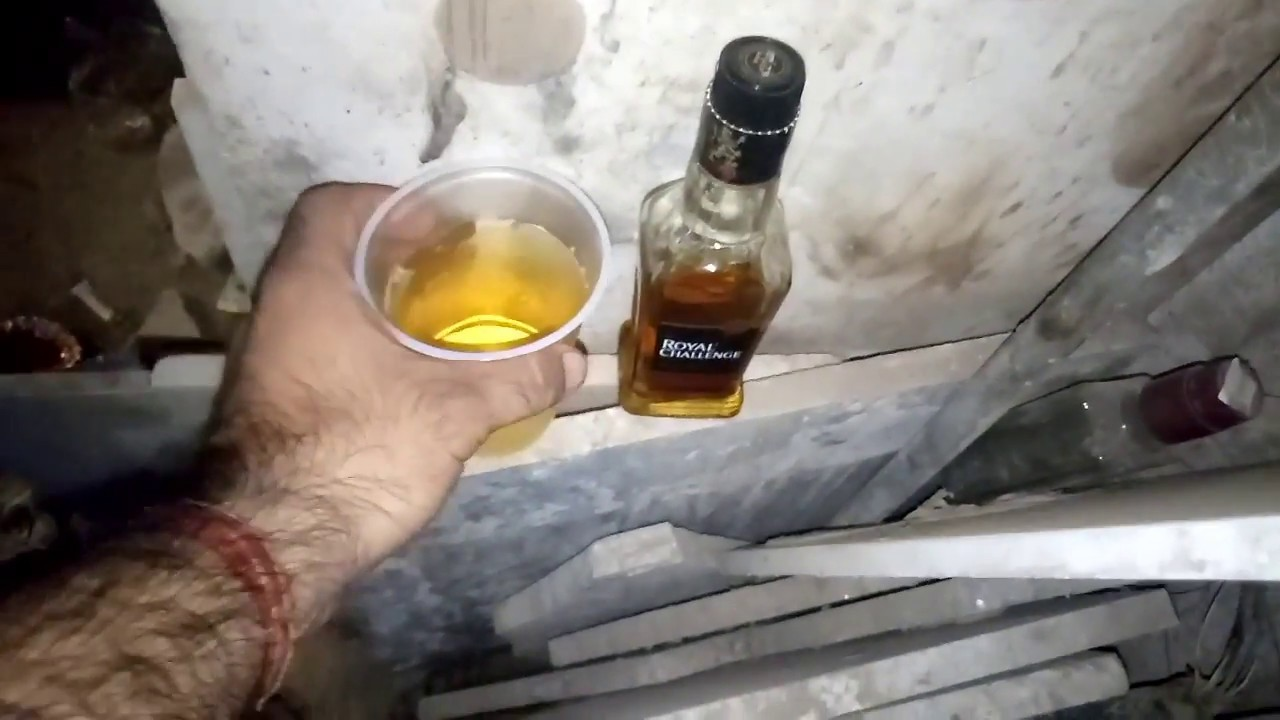 Royal challenge whisky review 110 rs ₹ | Delhi | Daily Daaru Vlogs
