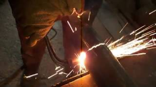 Как быстро резать трубы резаком.How to quickly cut pipes with a torch?