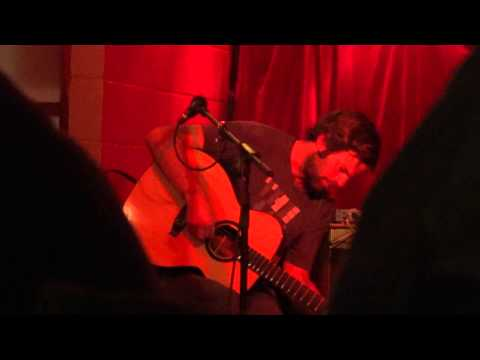 "Neil Halstead - ""Love Is A Beast"" - The Basement, York, 14th October 2012"