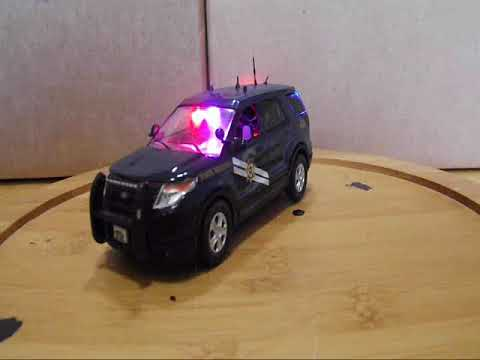 1/43 POLICE: Nevada Highway Patrol slick top SUV with leds