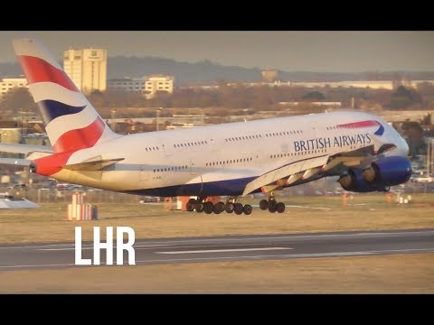 Plane Spotting *Arrivals on an Icy Runway* RW09L London Heathrow Airport 🛩🛩🛬❄️