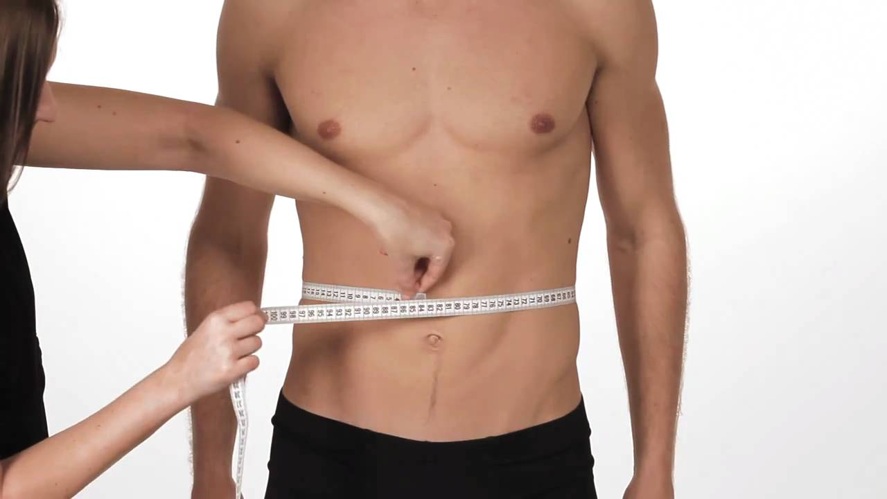 Normal Waist Measurement Studies show that women with a waist size of more than 35 inches; and men with a waist size of more than 40 inches have higher chances of diseases than people with smaller waist size.