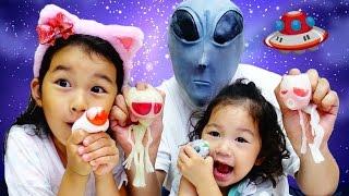 ◇ちょっと閲覧注意◇キモイ!頭の中に幼虫><宇宙人のスクイーズ!?宇宙で流行ってるおもちゃ?himawari-CH thumbnail