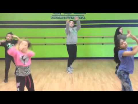 Ultimate sweat Zona dance studio
