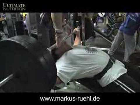 Markus Rühl - easy off season training for foto shooting