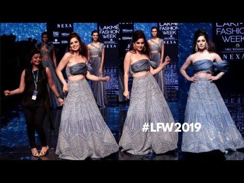 Kangana Ranaut Dancing on the RAMP at Lakme Fashion Week 2019 Mp3