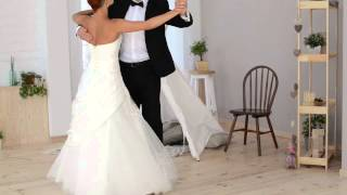 Танец Нежность в платье от салона Sole Bianco