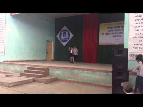 Vũ điệu xanh lớp 10/2 trường THPT Sào Nam