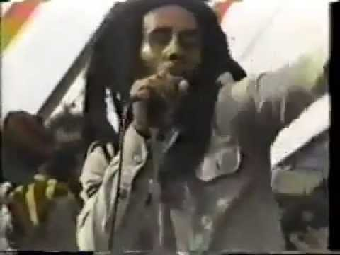 BOB MARLEY NO WOMAN NO CRY Everything's gonna be all right! 1979