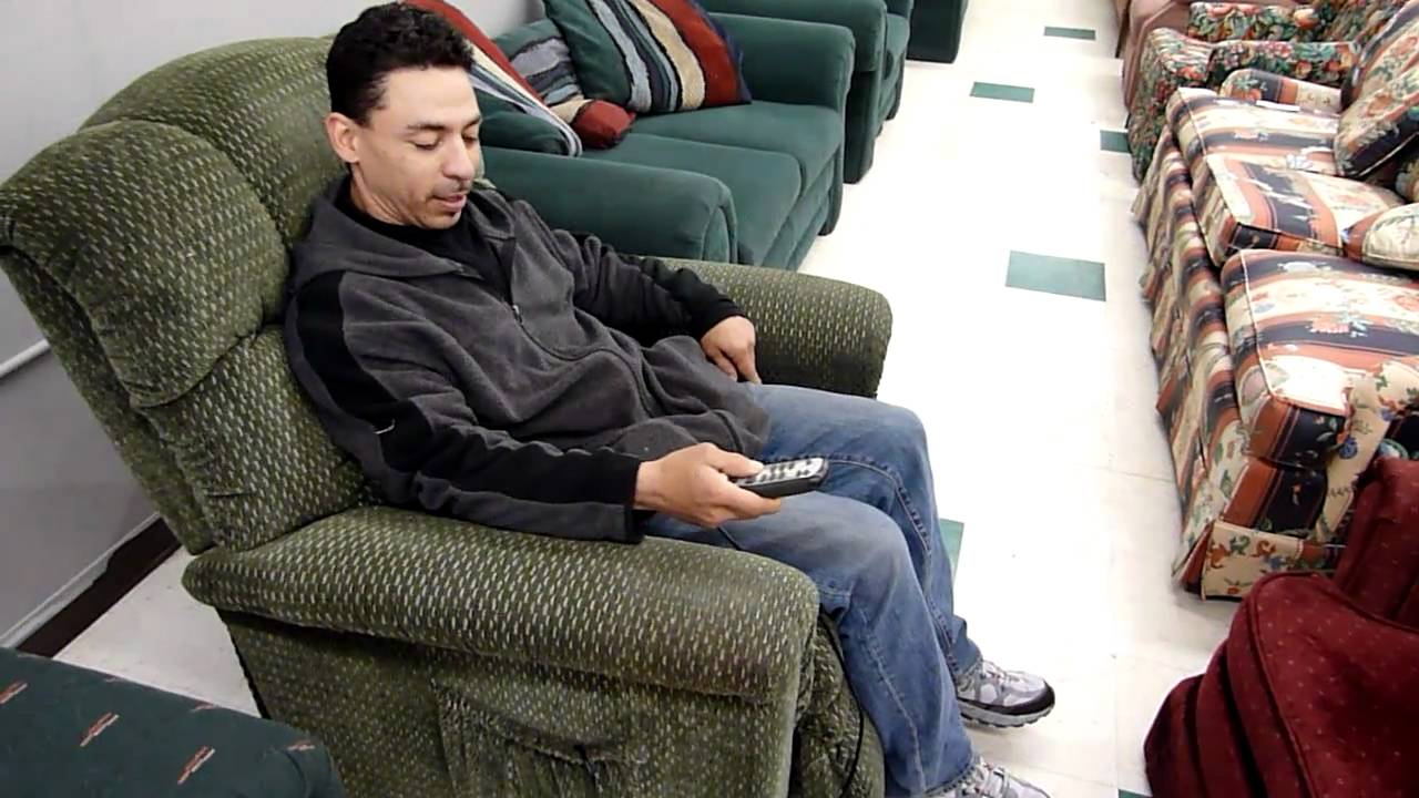 sc 1 st  YouTube & Green La-z-boy lift chair recliner with heat and massage - YouTube islam-shia.org
