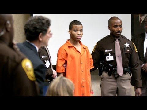 D.C. sniper's life sentences overturned