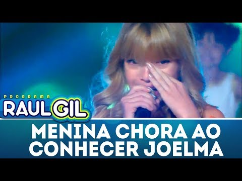 Menina Chora Ao Conhecer Joelma | Programa Raul Gil (23/12/17)