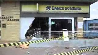 Banco do Brasil de Arroio dos Ratos. Assalto banco, todo destruído...