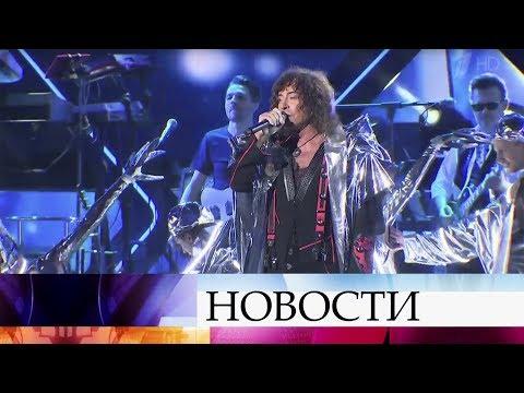 Певцу Валерию Леонтьеву исполнилось 70 лет.