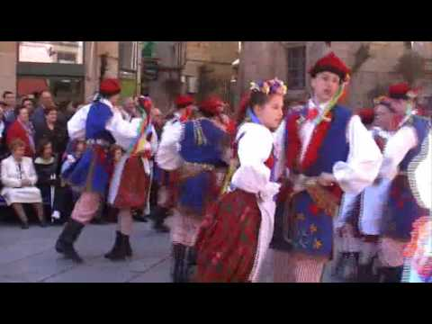 Polish traditional folk dance: Krakowiak - national dance
