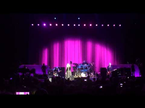 Fleetwood Mac O2 World Berlin 2013