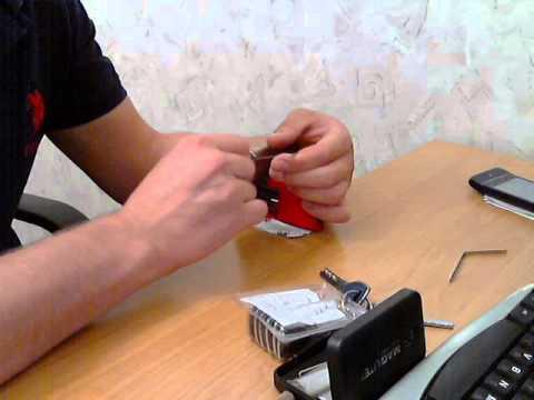 Взлом отмычками --   Как вскрыть цилиндровый замок отмычкой (Открытие самого распространенного китайского цилиндра с помощью отмычек)