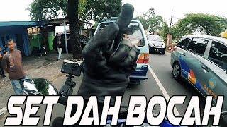 Download Video DI KASIH JARI TENGAH SAMA BOCAH KAMPRETT WKWK MP3 3GP MP4