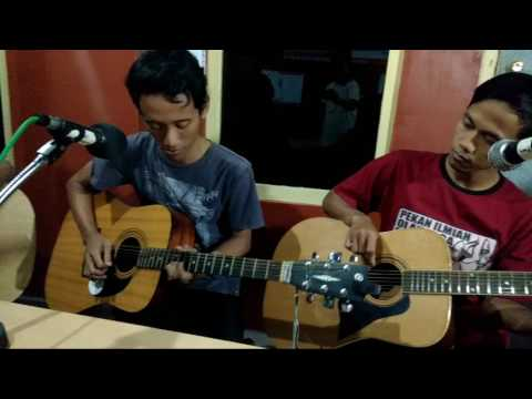 Mr. Tani - Santai man (live akustik at Radio edukasi)