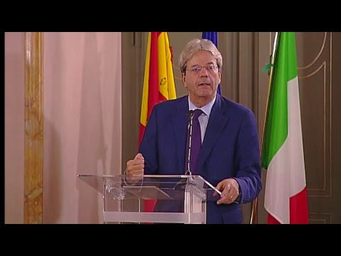 Il Presidente Gentiloni interviene al 15° Foro di dialogo Italia - Spagna  (02/10/2017)