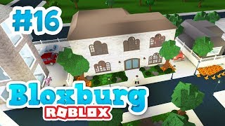 BUILDING A MANSION - Roblox Welcome to Bloxburg #16
