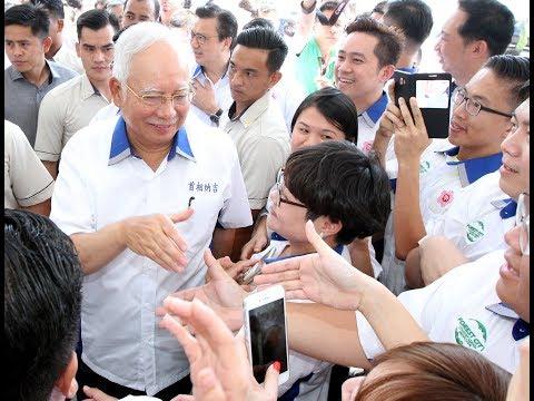 PM: 1.6 million civil servants but not bloated