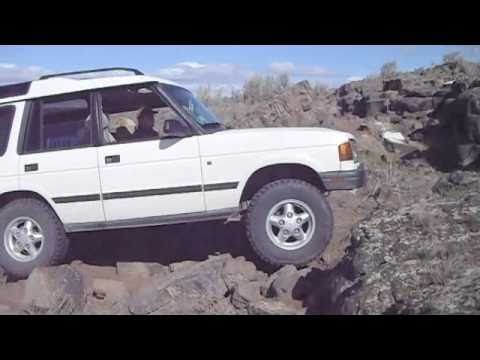 1996 Land Rover Discovery Rock Crawling - YouTube