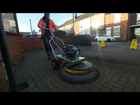 Block Paving Moss Removal Using The Westermann Radial Moss Brush