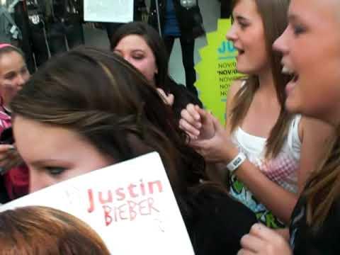 Justin Bieber urban behaviour tour LONDON ONTARIO