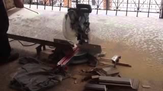 Монтаж деревянного массивного плинтуса(Купить напольные покрытия можно в магазине http://a-parket.com/, 2014-06-08T10:57:45.000Z)