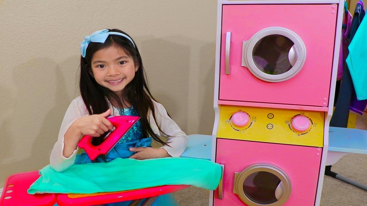 Emma Pretend Play At Laundry Store W Washing Machine Toys