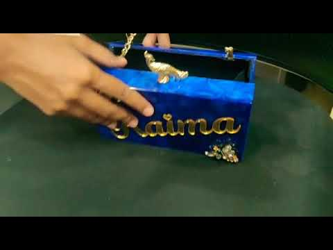 Personalized resin clutches