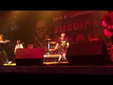 12 Stones - Broken Live Kearney NE, with little kid on stage