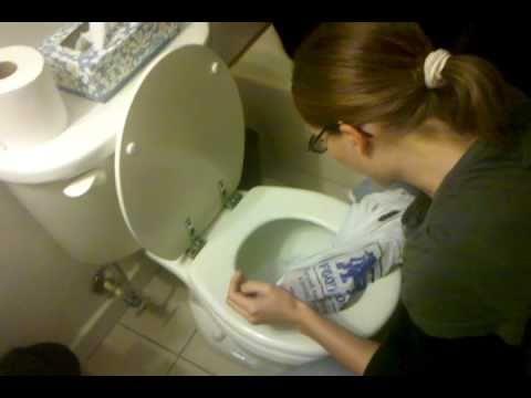 How to plunge a toilet with your hand! No Plunger Required ...