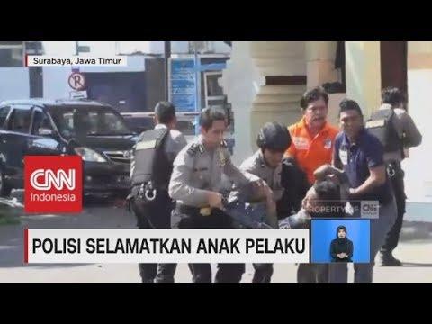 Aksi Heroik Polisi Selamatkan Anak Pelaku Ledakan