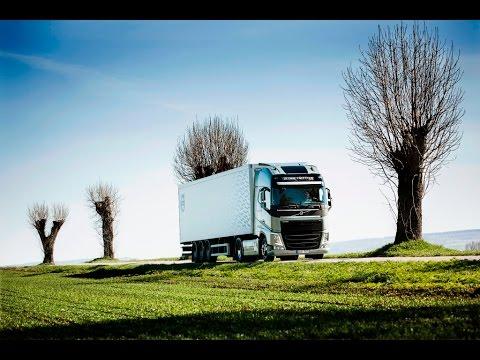 Volvo Trucks - Saving fuel by shifting gears