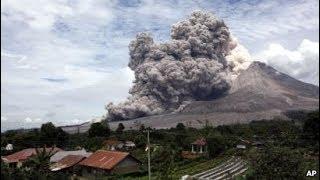 Detik Detik Gunung Sinabung Meletus Siswa SD Panik