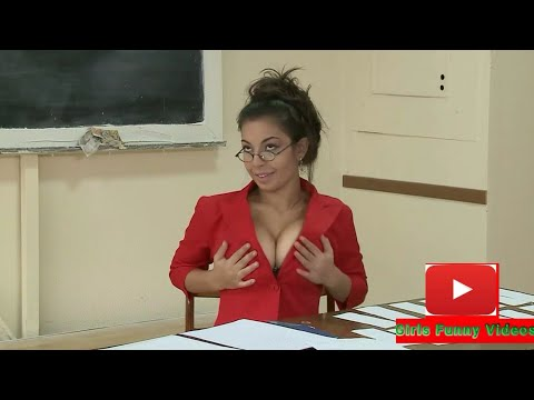 Teacher with big b@@bs | Naked and funny prank 2019. http://bit.ly/2lYW0ED