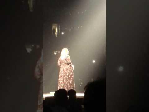 Adele Hello 9/14/2016 Boston Garden