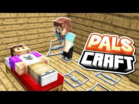 SETTING TRAPS IN ALEX'S BASE!   PalsCraft #8