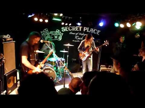 Radio Moscow - Mistreating Queen - Secret Place - St Jean de Vedas