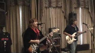 Wade In The Water- Eva Cassidy- Female guitarist Cari D