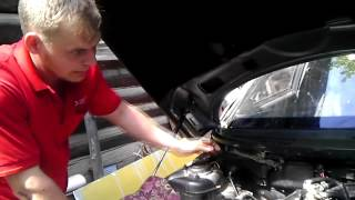 видео Замена радиатора печки ВАЗ-2112