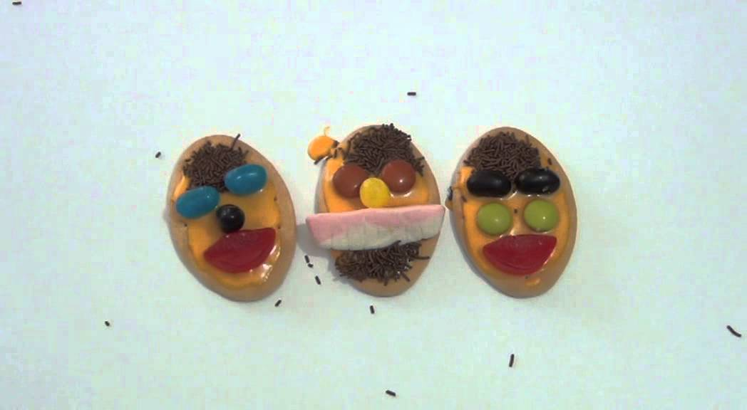 how to make smiley face biscuits
