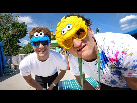 GANGSTER FAMILY TRIP TO SESAME PLACE