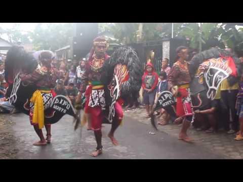 Jaranan Dipo Wijoyo (Music Jaipongan) / Traditional Dance Kuda Lumping Kediri 2017