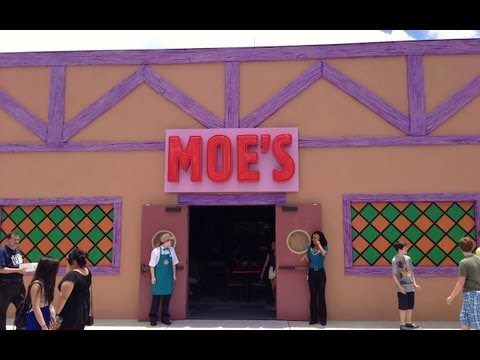 Moe's Tavern at Universal Studios Florida - The Simpsons Fas