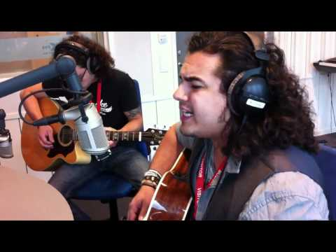 Chris Medina - What are words, live acoustic